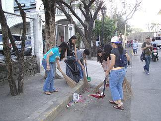 Clean-up drive in Intramuros held last 3/3/07